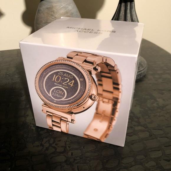 f2da8e32017d Michael Kors Access Rose Gold Smart Watch MKT5021